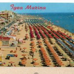 The beach in front of the hotel Elios in Bellaria Igea Marina (1970)