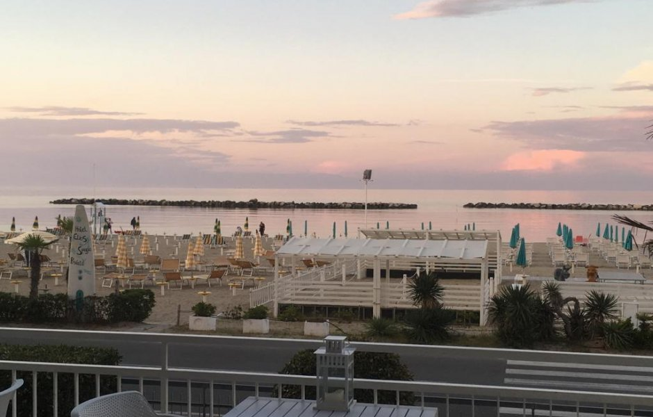 Sommerangebot vom Juni Hotel Elios Bellaria Igea Marina